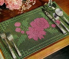 NEW! Rose Bouquet Doily crochet pattern from Newest in Floral Doilies, Book No. 268, from 1950.