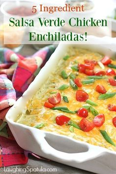 Fast and Fresh Salsa Verde Enchiladas with only 5 Ingredients! Salsa Verde Enchiladas, Chicken Enchiladas, Mexican Food Recipes, Dinner Recipes, Mexican Dishes, Dinner Ideas, Mexican Meals, Cookbook Recipes, Cooking Recipes