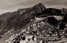 Maccu Piccu, Peru, Photo by Richard Guimond © 1989 19890621