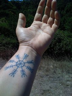 Aegishjalmur also known as The Helm of Awe is an ancient protective talisman of… Rune Tattoo, Norse Tattoo, Celtic Tattoos, Viking Tattoos, Helm Of Awe Tattoo, Finger Tattoos, Leg Tattoos, Body Art Tattoos, Cool Tattoos