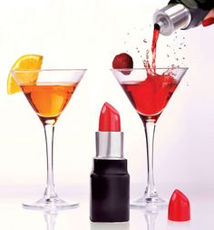 The most glam hip flask there ever was, we adore this lipstick-shaped #hipflask! As sleek and subtle as it is stylish, we're dreaming of dirty martinis and cool cosmopolitans just looking at it... xoxo #gift #present #giftidea
