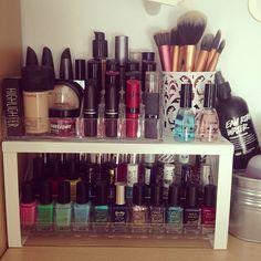 IKEA with kitchen shelf - Eye Makeup Tutorials and Tips Makeup Storage Display, Makeup Storage Organization, Make Up Storage, Organization Ideas, Storage Ideas, Love Makeup, Beauty Makeup, Makeup Stuff, Beauty Stuff