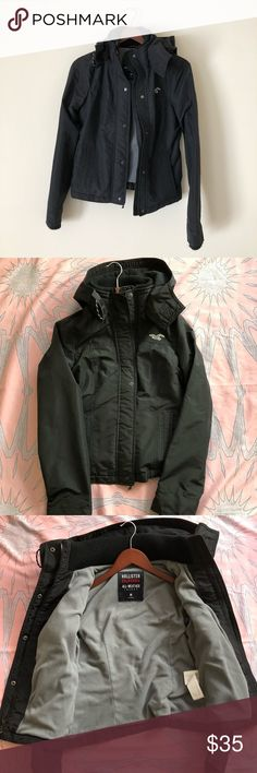 HOLLISTER ALL WEATHER JACKET This jacket is great for any season. Other than the small amount of pilling on collar and end of sleeves the jacket looks new.  Please see pictures. Size Medium. No trades. All my items come from a smoke free home. Thanks for looking! Hollister Jackets & Coats