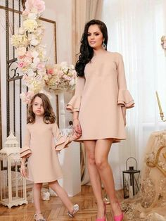 d19872766 Casual Mom Style, Mommy Style, Mum And Daughter Matching, Mother Daughter  Outfits,
