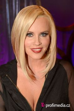 Jenny McCarthy Plastic Surgery – adding more facial expressions!