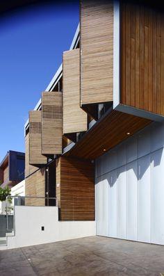 Ingenious wooden windows  Elysium / Richard Kirk Architect