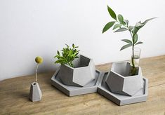 Reusable Silicone Mold Suitable for various uses such as: concrete, cement, resin, clay, pottery, plaster - Cute little geometric pot mould - Great to use for gifts for family and friends, or start your own home business - suitable for small plants such as succulents, or great to