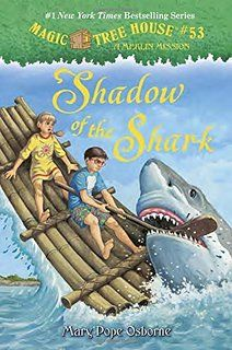 The Hardcover of the Shadow of the Shark (Magic Tree House Merlin Mission Series by Mary Pope Osborne, Sal Murdocca Shark Books, Magic House, Magic Treehouse, New Children's Books, County Library, Children's Library, Library Ideas, Chapter Books, Book Series