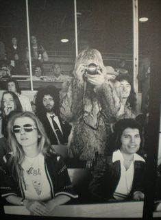 Roger Taylor and Steven Tyler Brian May on the sofa Debbie Leng,Roger Taylor,Anita Dobson and Brian M. Mary Austin Freddie Mercury, Queen Freddie Mercury, Great Bands, Cool Bands, Tiger Skin, Ben Hardy, We Will Rock You, Steven Tyler, Queen Band