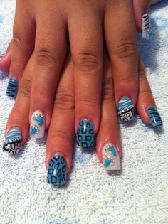 50 Pretty Blue Nails Art Designs You'll Want To TryWhile blue is a shading that is viewed as a manly decision by most, you would be amazed at what number of ladies like blue hued nail clean. This is particularly valid for more youthful ladies who are Baby Boy Nails, Cute Nails, Pretty Nails, Black And Blue Nails, Blue Nail Designs, Blue Design, Design Color, Diva Nails, Gel Nails