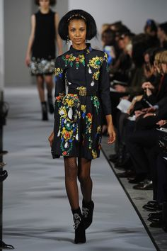 I. Want. That. Coat.  #oscardelarenta #lustlist #coat #fashion #loveitcantaffordit