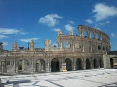 Roman Amphitheatre in fisherman wharf, Macau - Cerca con Google