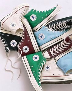 Can never have too many Converse. Can never have too many Converse. Fall Shoes, Winter Shoes, Summer Shoes, Shoes Heels Boots, Wedge Shoes, Shoes Sandals, Trendy Shoes, Cute Shoes, Casual Shoes