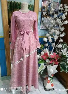 Muslim Fashion, Hijab Fashion, Women's Fashion, Muslim Dress, Hijab Dress, Fashion Hacks, Fashion Tips, Dressmaker, Brokat