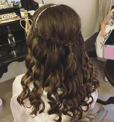 Waterfall braid with perfect curls