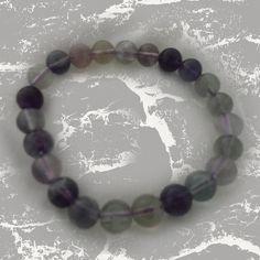 """Bracelet de perles """"Fluorite"""" La Fluorite est utile au bien être, elle apporte que du positif. Paix, harmonie et créativité. Elle favorise les rêves prémonitoires, la télépathie et stabilise l'aura.  C'est une pierre de grande protection."""