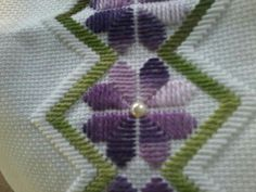 Hardanger Embroidery, Embroidery Patterns, Hand Embroidery, Cross Stitch Designs, Cross Stitch Patterns, Bargello Patterns, Monks Cloth, Swedish Weaving, Japanese Embroidery