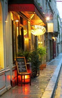 Ile St Louis, Paris, France.  I love little side streets.