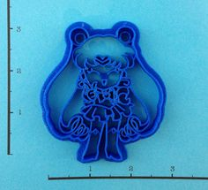 Hey, I found this really awesome Etsy listing at http://www.etsy.com/listing/121570433/sailor-moon-cookie-cutter