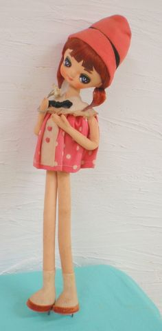 Mandarake   Showa -- retro Pause doll Lower to a pink hat. About 48 cm