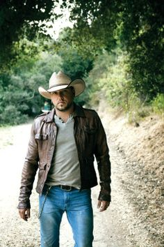 Cowboy… Not really just plain fine to look at. If I was a cowboy, that's how I want to look. Denims, sweater, leather jacket, cowboy hat and a hot stylish beard.