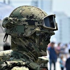 mil Me gusta, 131 comentarios - Special Units Military Weapons, Military Art, Airsoft, Soldado Universal, Military Special Forces, Air Fighter, Combat Gear, Special Ops, Army & Navy