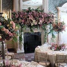 If you are looking for statement wedding flowers, you have come to the right place. The pick of the most beautiful statement wedding flowers for you Wedding Flower Arrangements, Flower Centerpieces, Wedding Centerpieces, Floral Arrangements, Grecian Wedding, Floral Wedding, Wedding Flowers, Rose And Lily Bouquet, Rose Lily