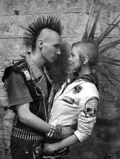 Punk love! A cute punk couple with Mohawks! #punk #love #couples