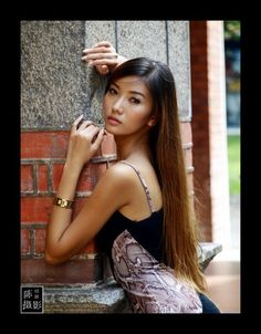 necked-sexy-girls-of-singapore