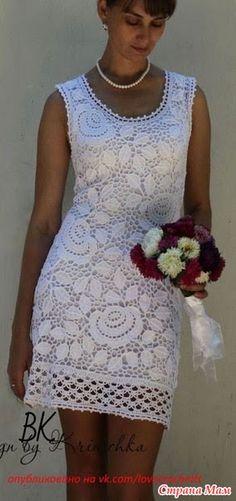 Здравствуйте, девченки, очень мне понравилось вот это платьишко, и схему розочки я нашла.