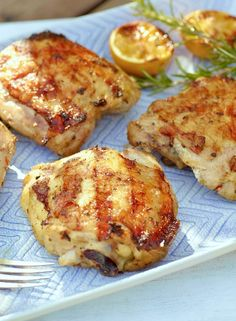 Low FODMAP Recipe and Gluten Free Recipe - Grilled lemon & herb chicken http://www.ibssano.com/low_fodmap_recipe_grilled_lemon_herb_chicken.html