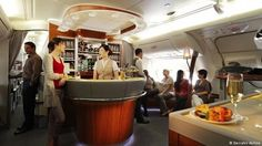 Desde março deste ano o Airbus A380 da Emirates Airlines é o responsável pelos voos de Dubai para São Paulo. Quer saber como é o maior avião de passageiros do mundo por dentro? Confira todas as imagens no  http://ift.tt/1IJoGoo