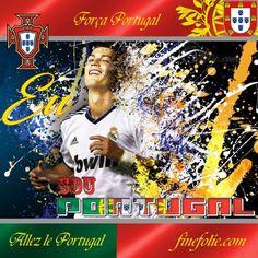 Cristiano Ronaldo maillot blanc large sourire