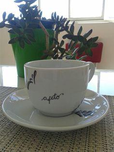 Coisas da Bubu, porcelanas pintadas, xícaras,  afeto