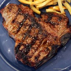 10 Most Misleading Foods That We Imagined Were Being Nutritious! Learn How To Grill A T-Bone Or Porterhouse Steak - A Photo Tutorial From 101 Cooking For Two Skirt Steak Recipes, Grilled Steak Recipes, Grilling Recipes, Beef Recipes, Vegetarian Grilling, Rub Recipes, Healthy Grilling, Barbecue Recipes, Barbecue Sauce
