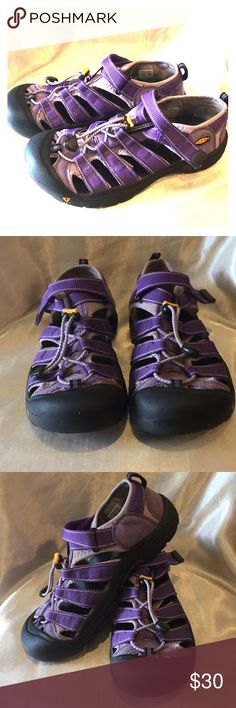 Keen purple sandal Size 8W M6 pictures excellent Keen Purple Sandal Size 8W 6M please see picture for detail tags says Keen Shoes Sandals