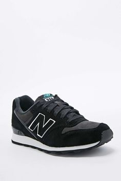 498d7491c60c New Balance 996 Runner Trainers in Black
