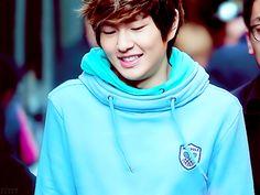 Little Taemin | allkpop forums Jonghyun, Shinee, Korean Wave, Hoodies, Sweatshirts, Fandoms, Kpop, Twitter, Music