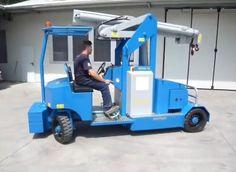 Minidrel 90B Gruniverpal, elektromos önjáró mini daru. Használat különböző iparágakban. Maximális terhelhetőség 9000kg. Golf Carts, Engineering, Crane, Mini, Technology