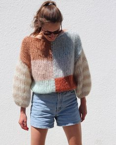 Maiami NEW IN - a fresh colored variation of our Big Sweater ❤️💕💙 Cotton Kimono, Cotton Sweater, Fluffy Sweater, Big Sweater, Crochet Food, Knit Crochet, Pretty Outfits, Cool Outfits, Angora