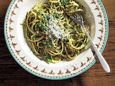 Linguine with Spinach-Herb Pesto | Grocery store shelves are packed with exciting new plant proteins and vegetarian convenience foods that make substituting meat easy and delicious. As more Americans turn toward plant-based eating, incorporating meat-free dishes into your weekly menu plan is an easy way to cut meat consumption, increase your intake of vital nutrients and phytochemicals you can only find in plants, and reduce your carbon footprint.