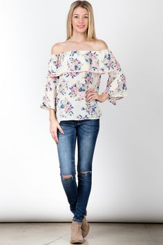 Cream floral print off shoulder ruffled sleeve top ! Fashion Usa, Fashion Show, Fit Flare Dress, Dress Fashion, Off Shoulder Blouse, Streetwear, Floral Prints, Street Style, Cream