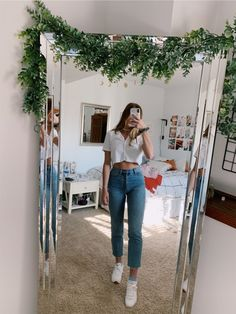 VSCO - josiejabs Best Picture For vsco outfits black girl For Your Taste You are looking for somethi Basic Outfits, Teen Fashion Outfits, Trendy Outfits, Girl Outfits, Pacsun Outfits, Celebrity Casual Outfits, Casual School Outfits, Fashion Fashion, Winter Fashion