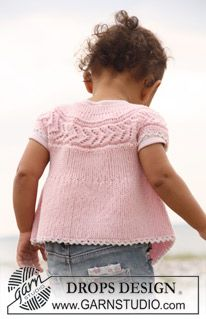 "DROPS Baby - DROPS sleeveless top knitted from side to side in garter st and lace pattern in ""Baby Merino"". - Free pattern by DROPS Design Baby Knitting Patterns, Crochet Vest Pattern, Lace Patterns, Knitting For Kids, Free Knitting, Free Pattern, Knitting Terms, Drops Design, Drops Baby"