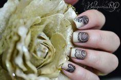 #stamp nail art #apipila #henna