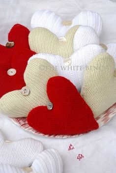 The White Bench: Going Green: Sweater Hearts Tutorial.