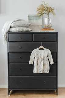 DIY metamorfoza komody IKEA Leksvik   Piafka Ikea Leksvik, Komodo, Dresser, Bedrooms, Furniture, Home Decor, Powder Room, Decoration Home, Room Decor