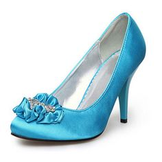 Cute heels for the bridesmaids...