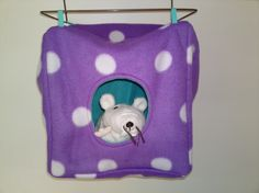 Rat hammock tutorial - Cube House (site is in Dutch, but photos are easy to follow) #rats #tutorial