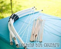 39 cool DIY kids toys Use PVC pipe to make a bow and arrow. Life sized Lincoln Logs sandbox with added cinnamon PVC periscope bathtub art giant chalkboard & play kitchen doll houses. Fun toy for young boys. Pvc Projects, Projects For Kids, Diy For Kids, Crafts For Kids, Project Ideas, Princess Merida, Best Kids Toys, Diy Toys, How To Make Bows